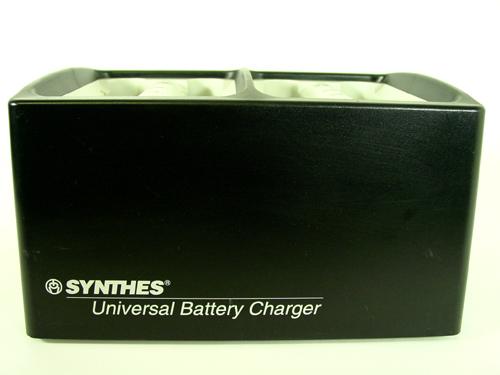 Synthes 530.601 Universal Battery Charger